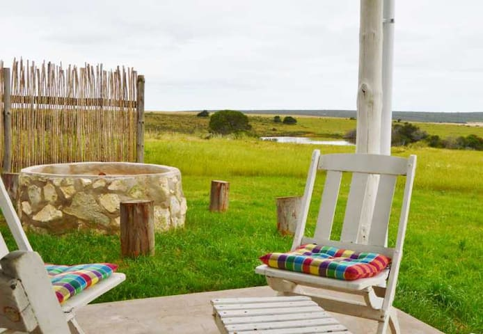 Cosy Cottage on Overberg farm Beautiful views