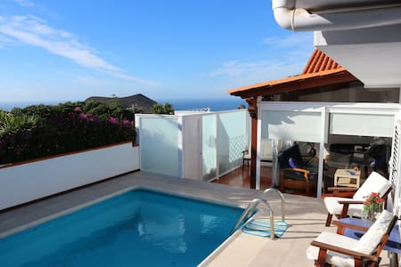 Sea view villa with swimming pool, sauna and jacuz - Chayofa