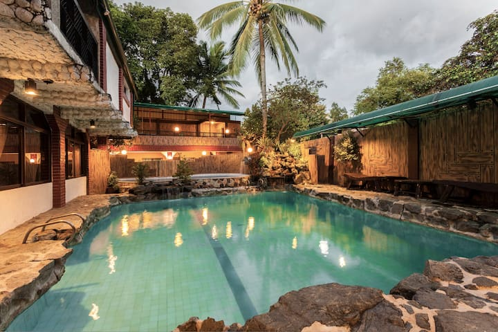 Ciudad Villa: Private Pool Exclusive for You! - Caloocan - Casa de campo