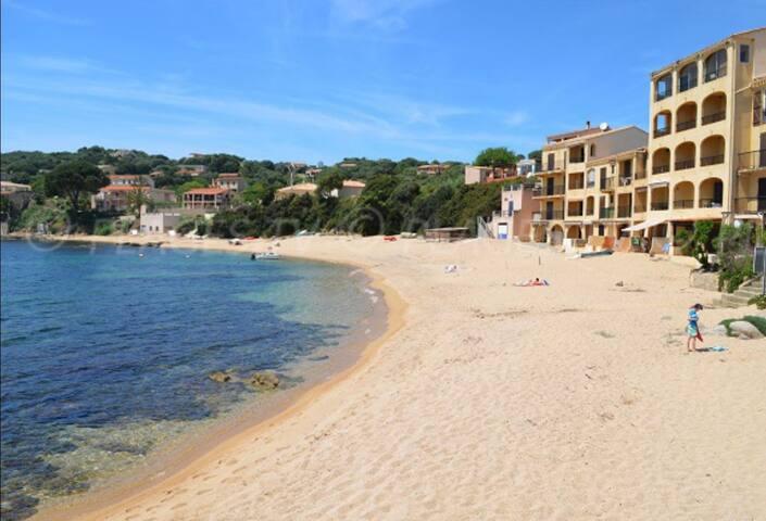 Tiuccia Duplex magnifique vue mer 5min de la plage