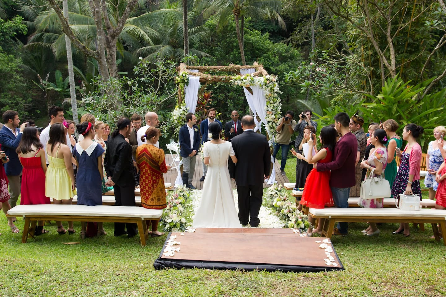 Private villa for weddings events villas for rent in ubud bali stunning location for a romantic intimate wedding junglespirit Gallery