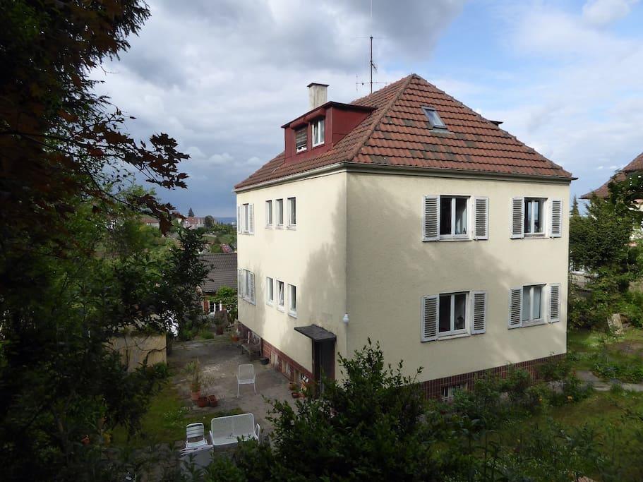 Freistehendes Haus aus den Dreißigern