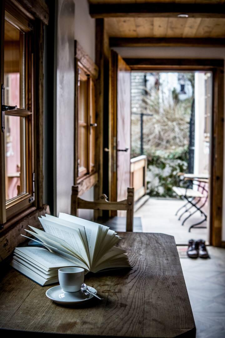 Relax and enjoy Hallstatt pur