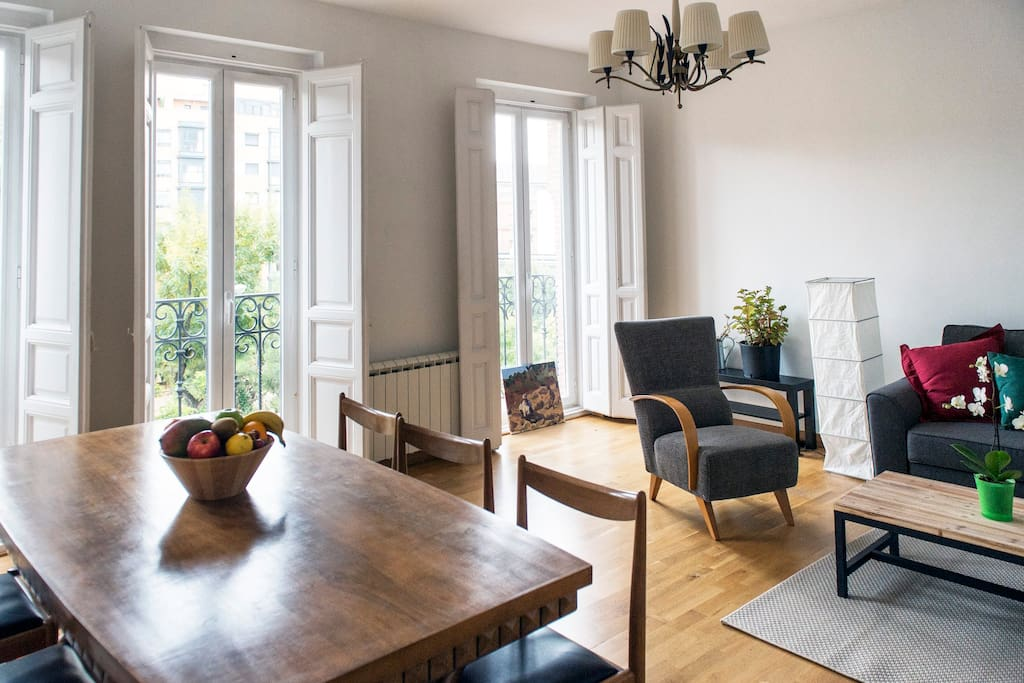 Salón-comedor / Living-room