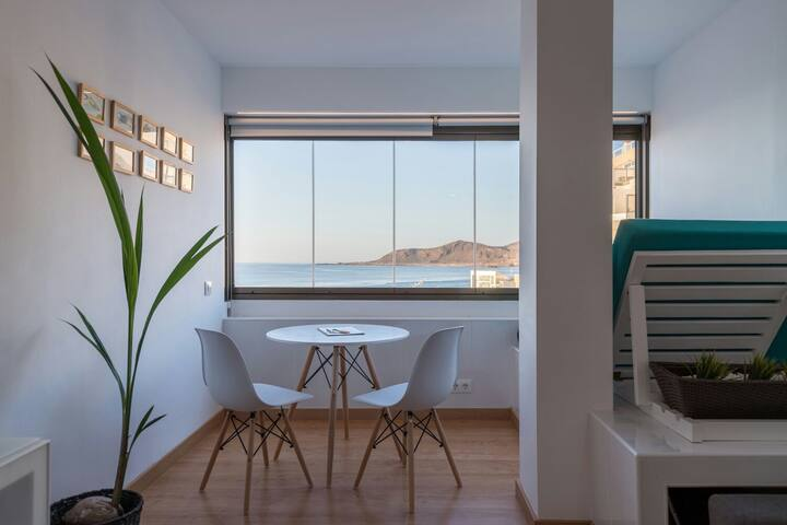 Apartment with beautiful Seaview Las Canteras