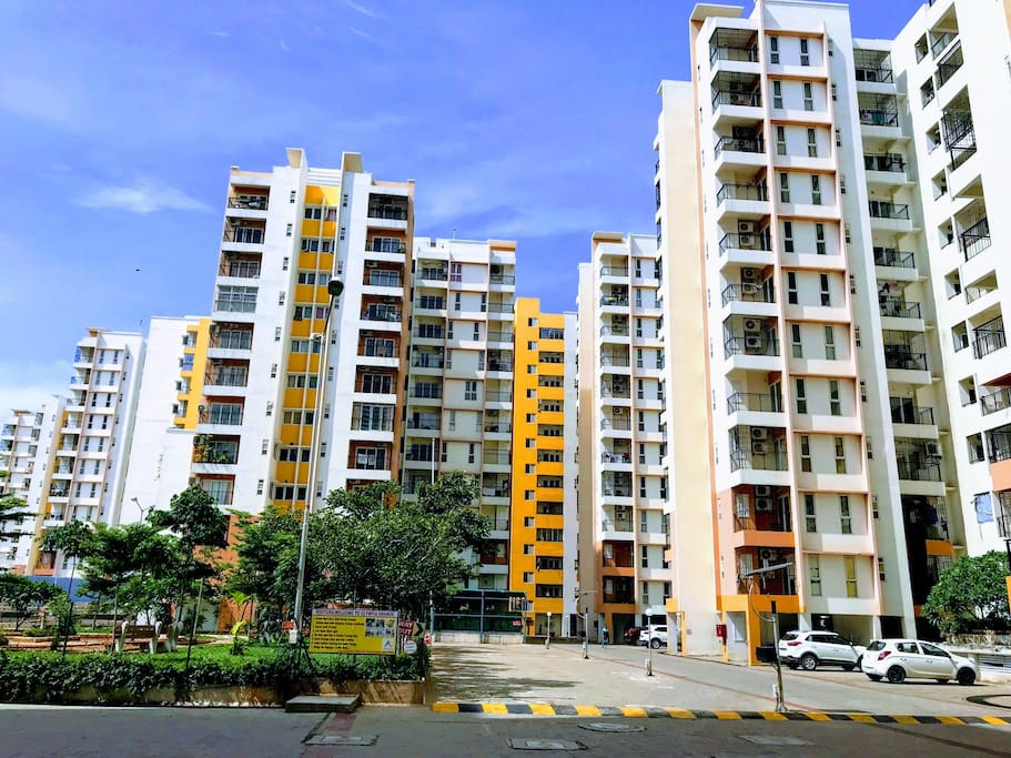 FAMILY SERVICE APTMNT 1BHK CHENNAI AIRPORT CROMPET - Flats for Rent in  Chennai, Tamil Nadu, India