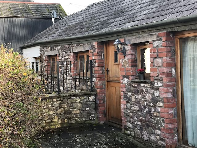 The Coach House - Escape to the country