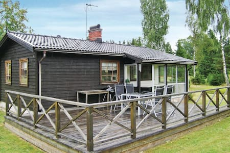 2 Bedrooms Home in  #1 - Ryssby - Dom