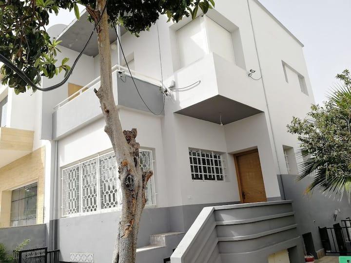 Coquette maison Artdeco totalement rénovée