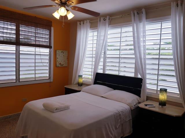 Centric & Comfy Apartment