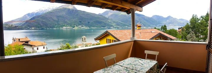 Esclusivo appartamento vista lago