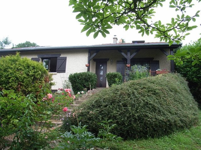 Chambre indépendante + 1/2 pension - Saulny - Haus