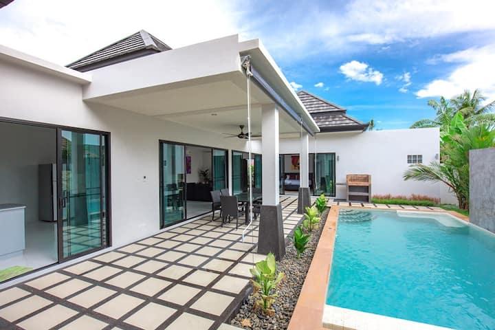 Wonderful Modern Villa with Private Pool.