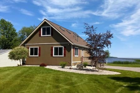 Partridge Point Cottage on Lake Huron