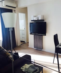 Cosy apartment in city downtown - Wanchai