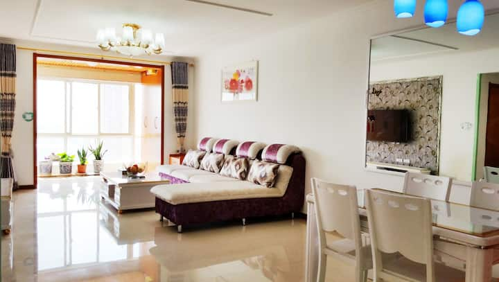 Homestay in Xi`an near the airport & train station