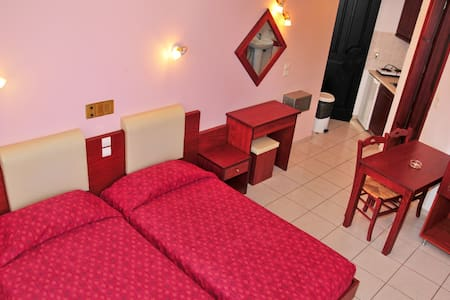 Cozy & Economy Room for 2 persons - Apartment