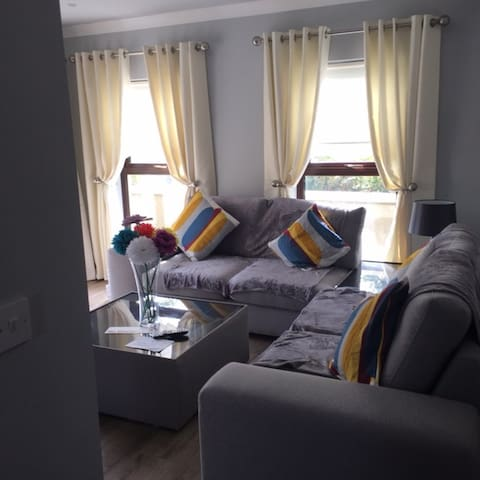 STILL HAVEN BOUTIQUE HOLIDAY HOME  ACCOMMODATION