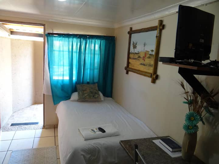 Lephalale Small Single Rooms