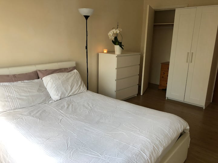 Large, comfortable and spacious double room