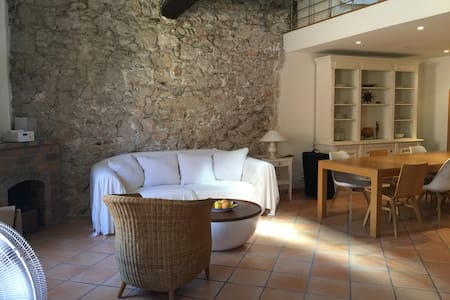 Charming 100 m2 apartment in Villefrance sur Mer