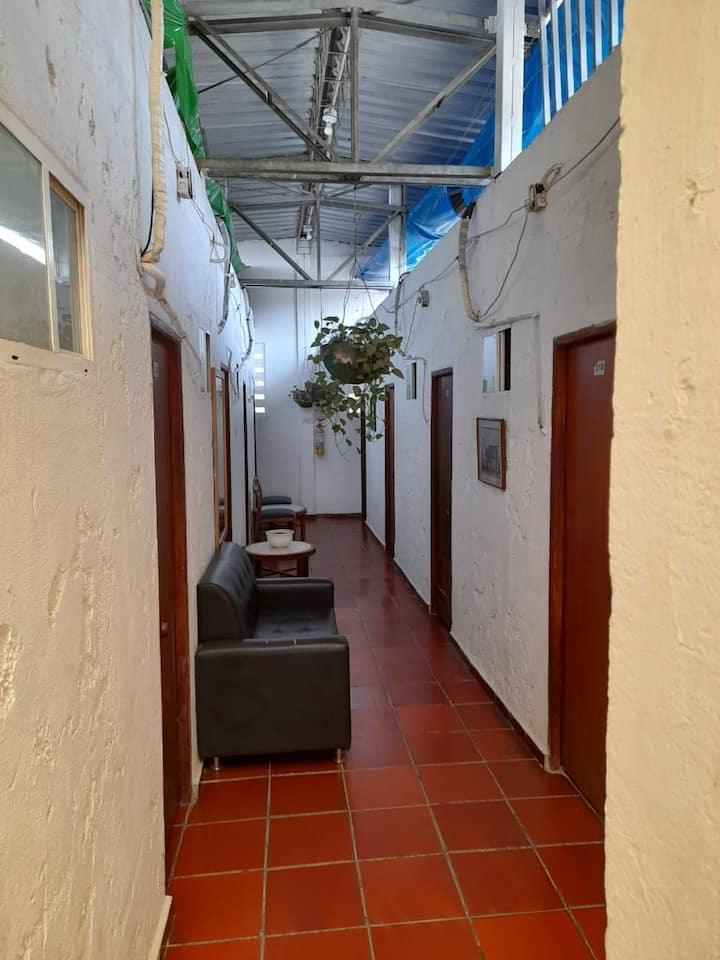 Habitación 302 en Hotel Crisanto