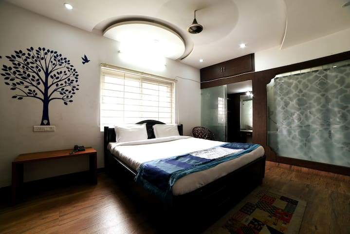 Hitech Shilparamam Guest House 3BHK
