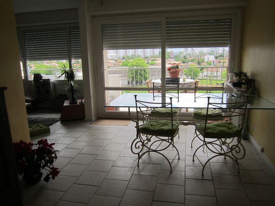 Appartement 2 chambres au 5 me quartier tranquille for Appartement le bouscat
