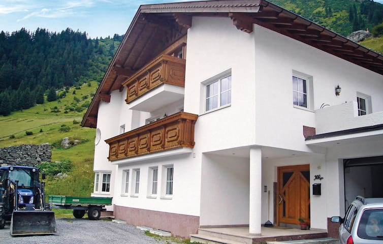 Holiday apartment with 1 bedroom on 38 m² in Ischgl