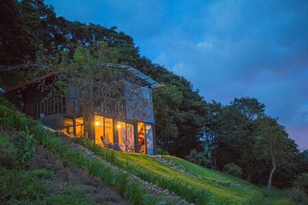 Antigua Mountain Lodges - Αντίγκουα Γουατεμάλα