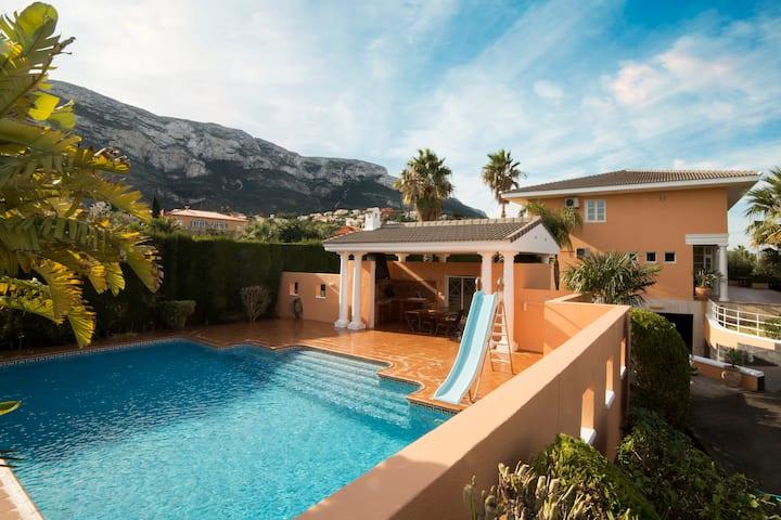 Magnifica Villa de lujo en Denia