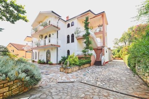 Comfortable Mediterranean family apartment