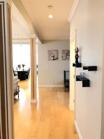 一楼公共走廊(First floor corridor)