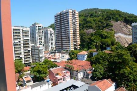 Sala e 1 quarto - Catete/ Flamengo/ Laranjeiras - Rio de Janeiro