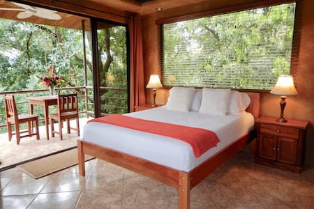 JUNGLE TREE LODGE - Couples Private Studio