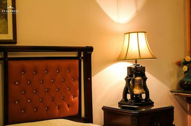 Elegant Palace Guest House Karachi
