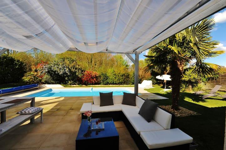 Villa Les Vignes - Esnandes - Talo