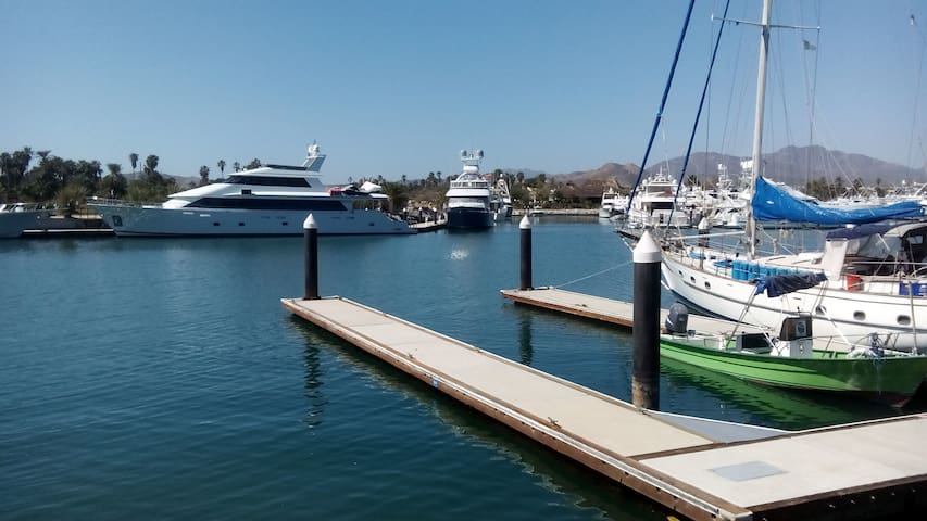 En La Playa, Marina Puerto Los Cabos - La Playa - House