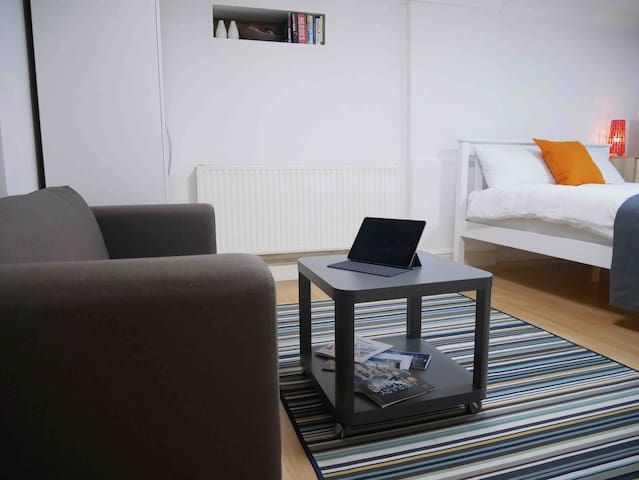 Modern Studio Apartment In Kings Cross