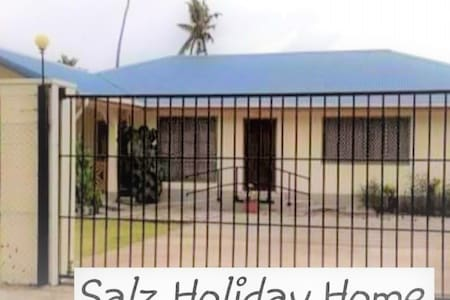 SALZ HOLIDAY HOME