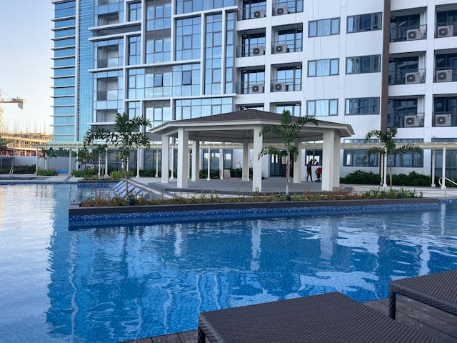 Mactan New Town / A Hotel Condo / Near Beach/58sqm