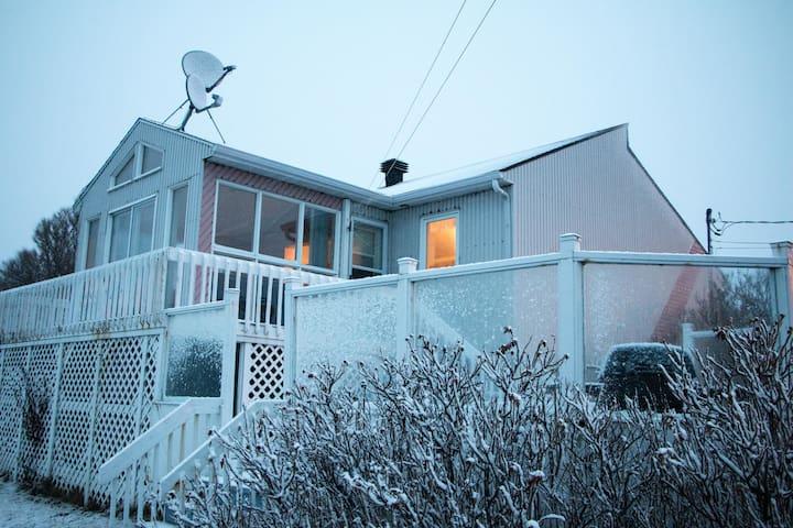 Maison rose du bord de mer à 5 min de st Luce