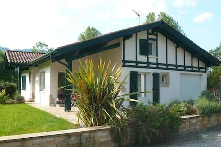 Maison avec piscine au Pays basque - Ossès - Talo
