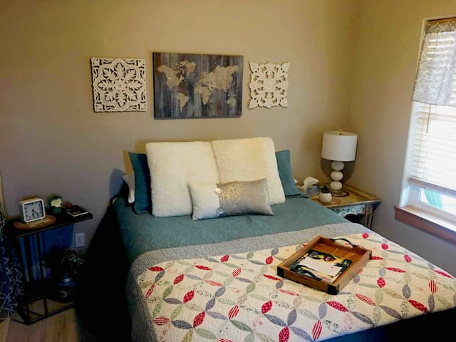 Beautiful Private Suite in Downtown Kalispell