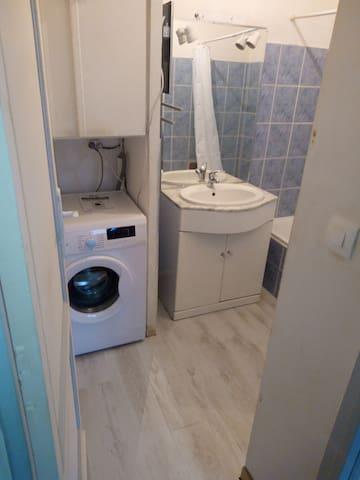Logement t2 25m2 - Camarsac - Apartment
