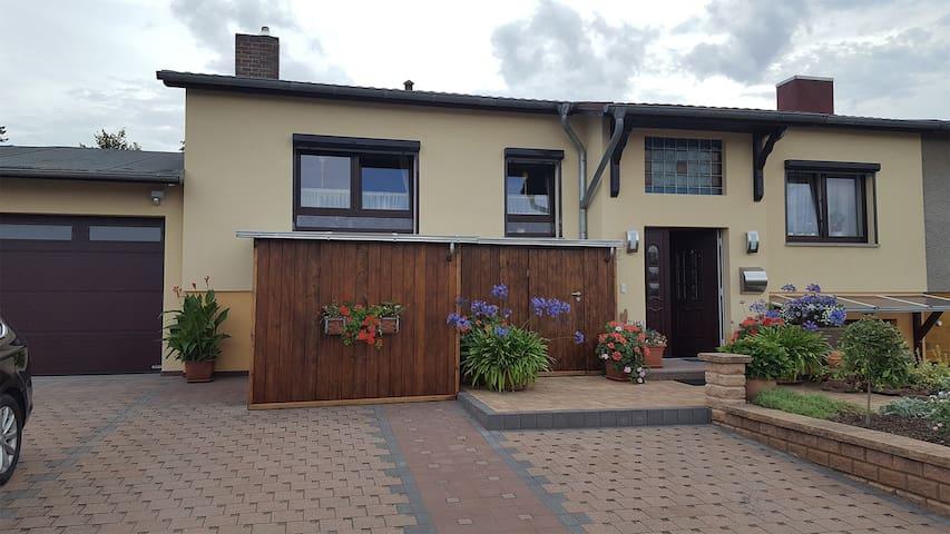 Ferienwohnung Noack (Kranichfeld) - LOH07387, Ferienwohnung, 40qm, 1 Schlafzimmer, max. 3 Personen