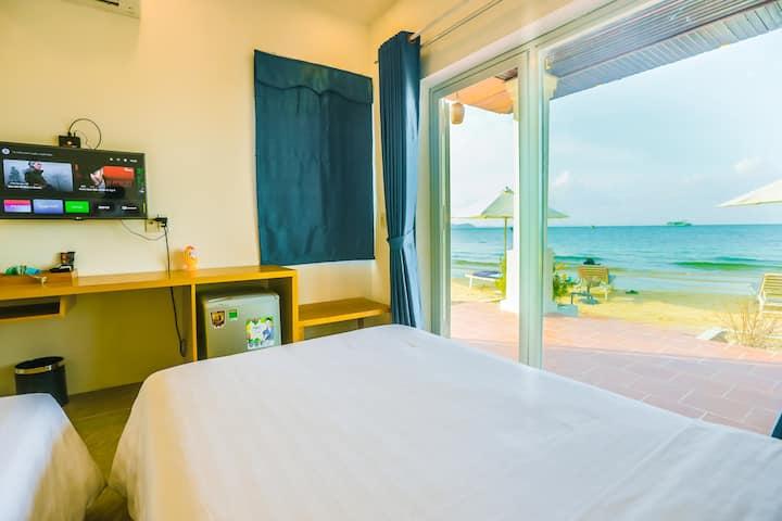 Ocean View_Twin Room (phòng 2 giường đơn mặt biển)