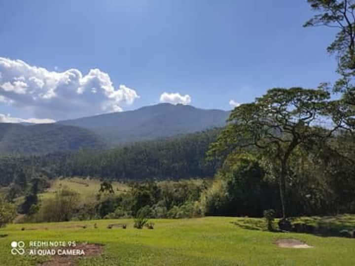 Fazenda Retiro- Paz com vista para o Selado