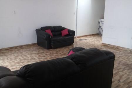 Apartamento amplio con 2 habitaciones,