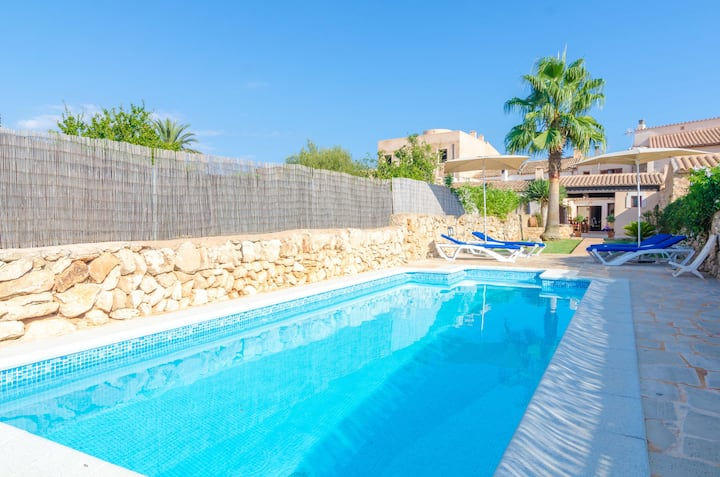 CAS PADRINS - Villa with private pool in Santanyi. Free WiFi